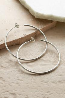 Effortless Hoop Earrings