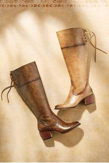 Faelynn Boots