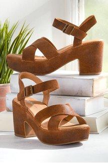 Elin Heeled Sandal