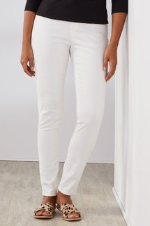 360-Degree Slim Line Jeans