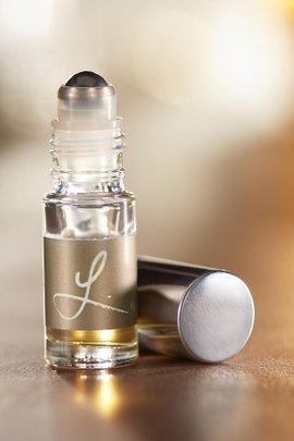 L. Eau de Parfum Rollerball