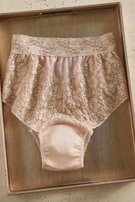 Lovely Lace 5 oz. Incontinence Panty