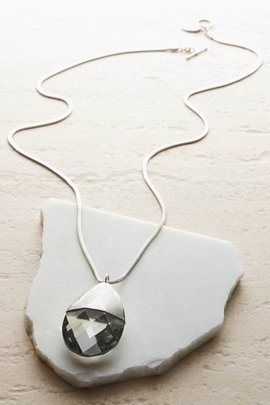 Vima Necklace