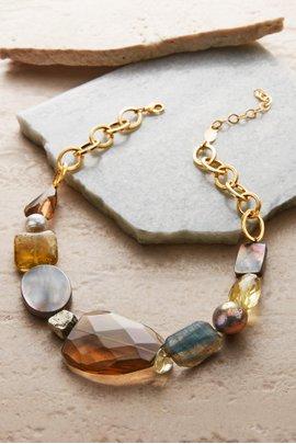 Gleam Stone Necklace