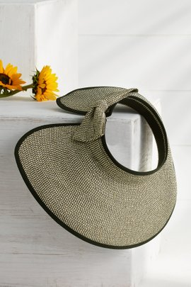 Packable Visor with Bow