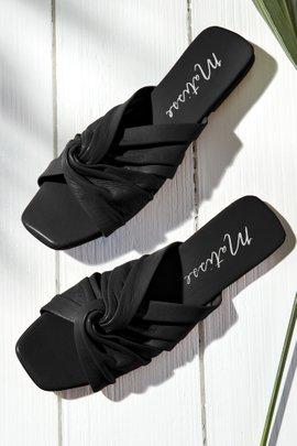 Genie Sandal