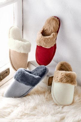 Cozy Feels Slippers