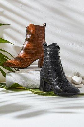 Tippy Croc Zip Boot
