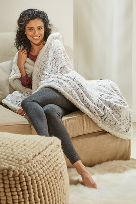 Wearable Throw