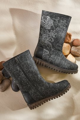 Nehal Boots