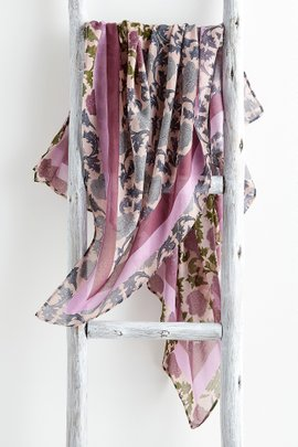 Damask de Rose Scarf