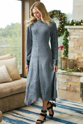 Salvaza Velvet Dress