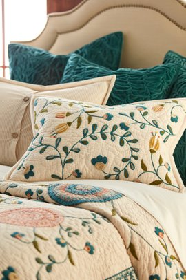 Jardin Indiene Bed Sham