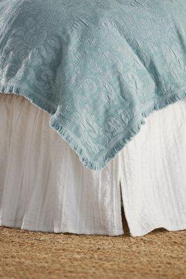 Simone Matlelasse Bedskirt