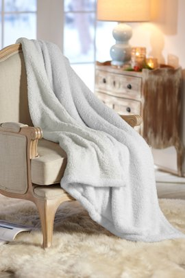 Snuggle Up Throw