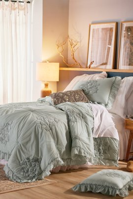 Portofino Smocked Comforter