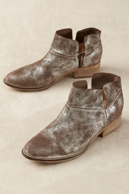 seychelles snare booties women s booties leather booties soft