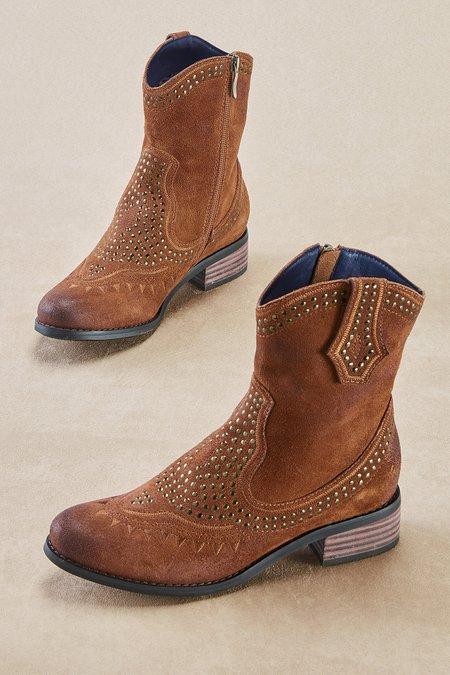 Loni Boots