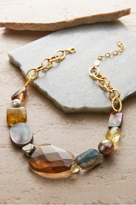 Gleam Stone Necklace