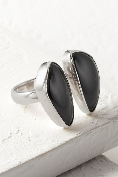 Naenia Ring