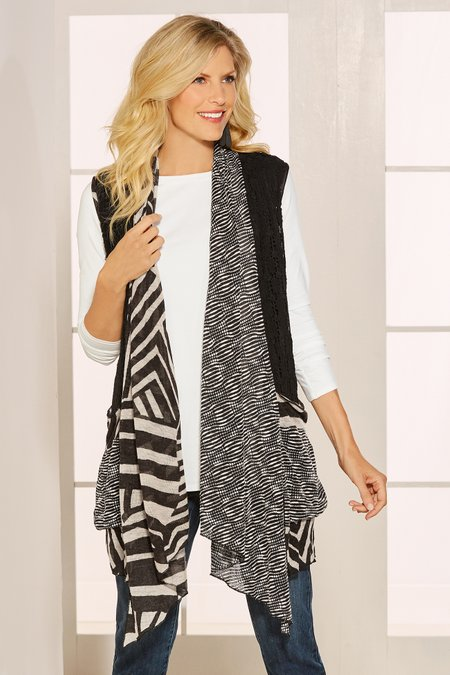 Black/White Sleeveless Topper