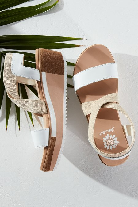 Bella Wedges