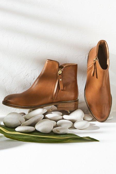 Eileen Zipper Low Boots