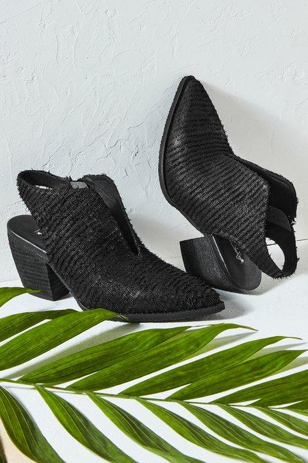 Hela Razer Leather Slingback Mule