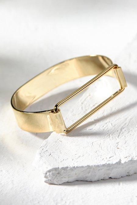 Swing Top Bar Bracelet