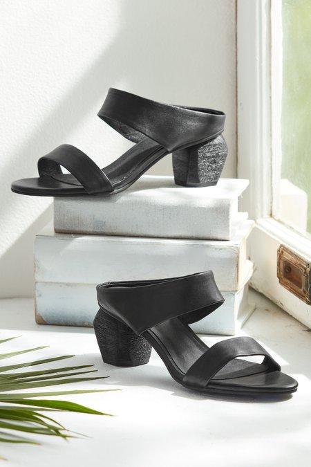 Amelia Sculpted Heeled Sandal