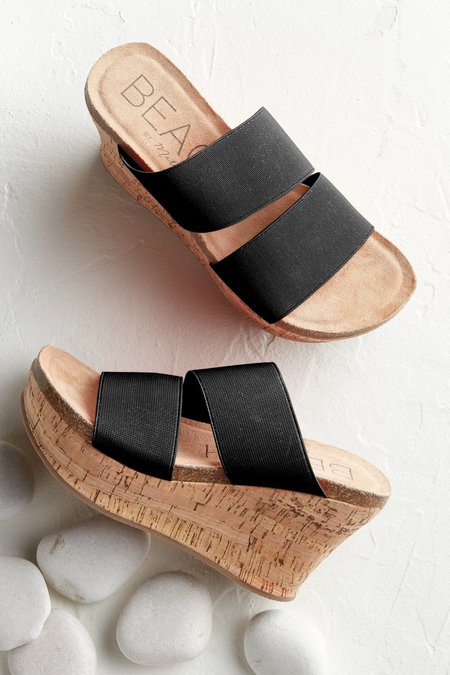 Bare All Wedge