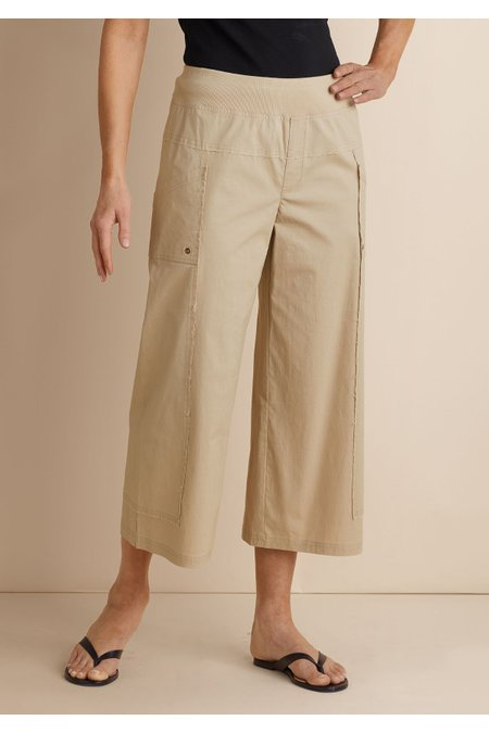 Seams Easy Crop Pants