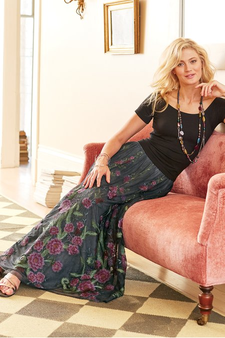 Rose Noir Skirt