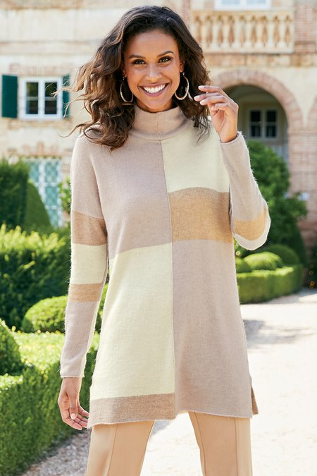 Women Quadro Sweater