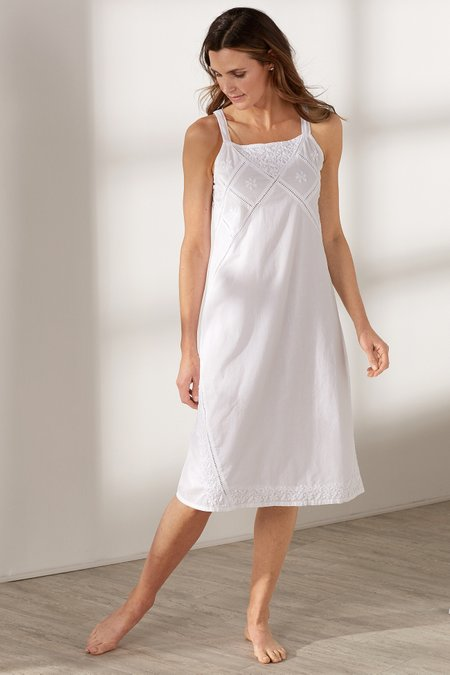 Sera Gown