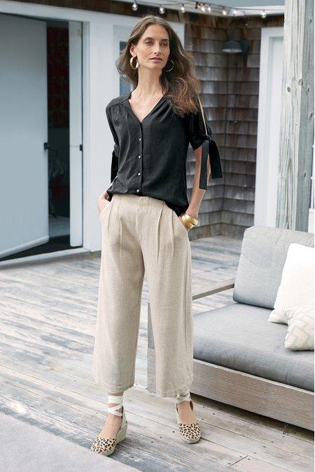 Carlota Crop Pleated Pants