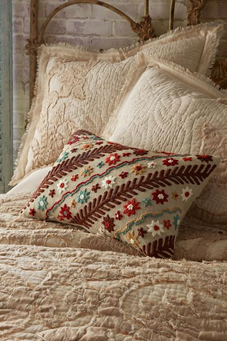 Raffina Embroidered Pillow