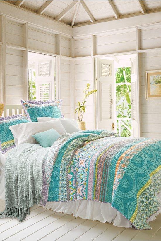 Positano Quilt Reversible Summer, Soft Surroundings Bedding